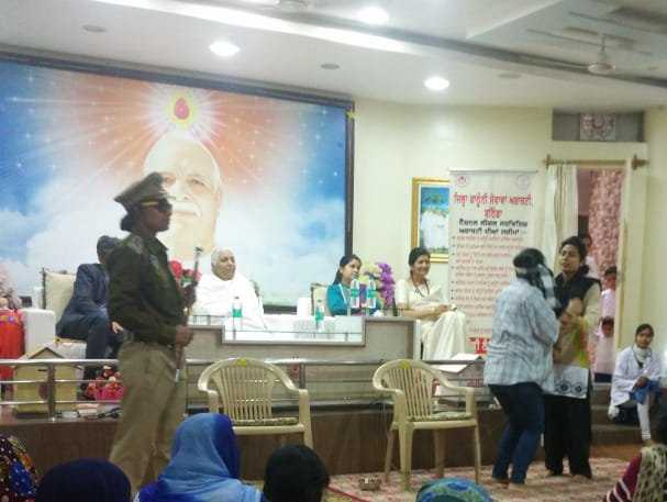Honoring of women who manage the house keeping celebrated by Bathinda Brahma Kumaris